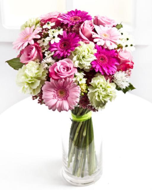 Букет из смешанных срезанных цветов